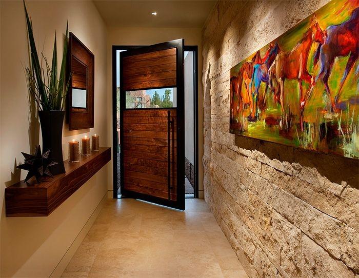 Как декорировать стену в коридоре
